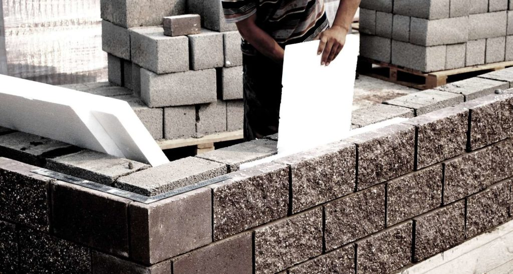 Изоляция торцов блоков