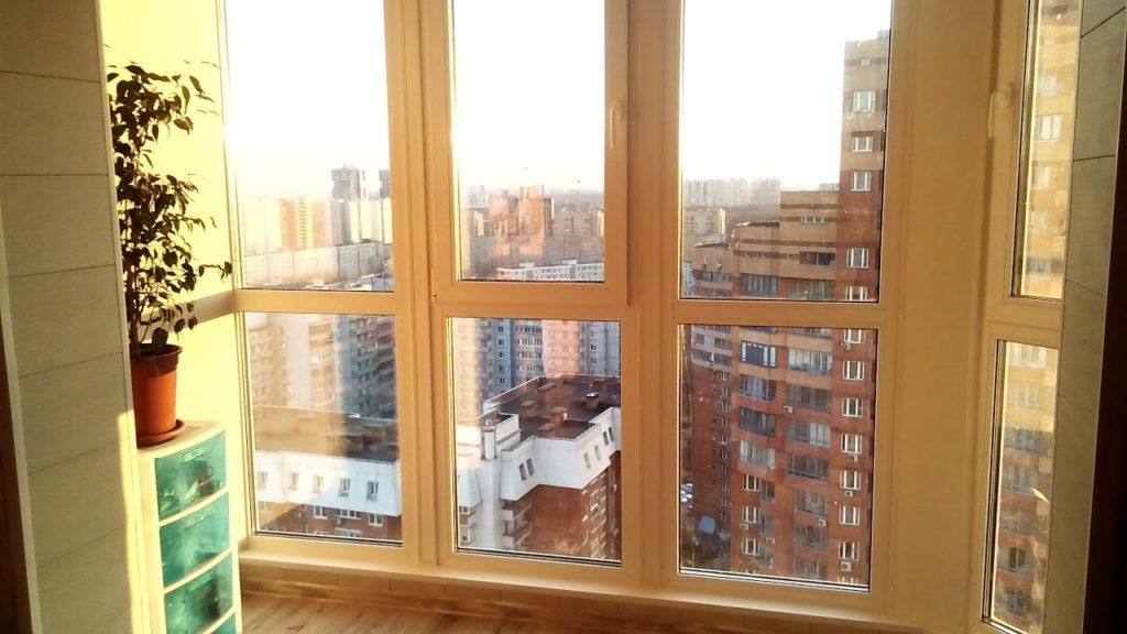 Выбор стройматериала и конструкции для балконных перегородок