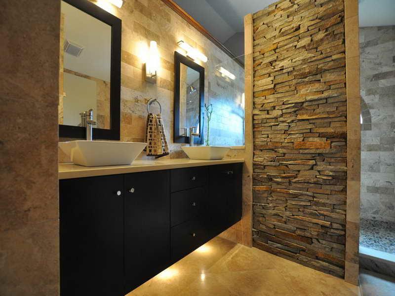 Перегородки в ванной с натурального камня